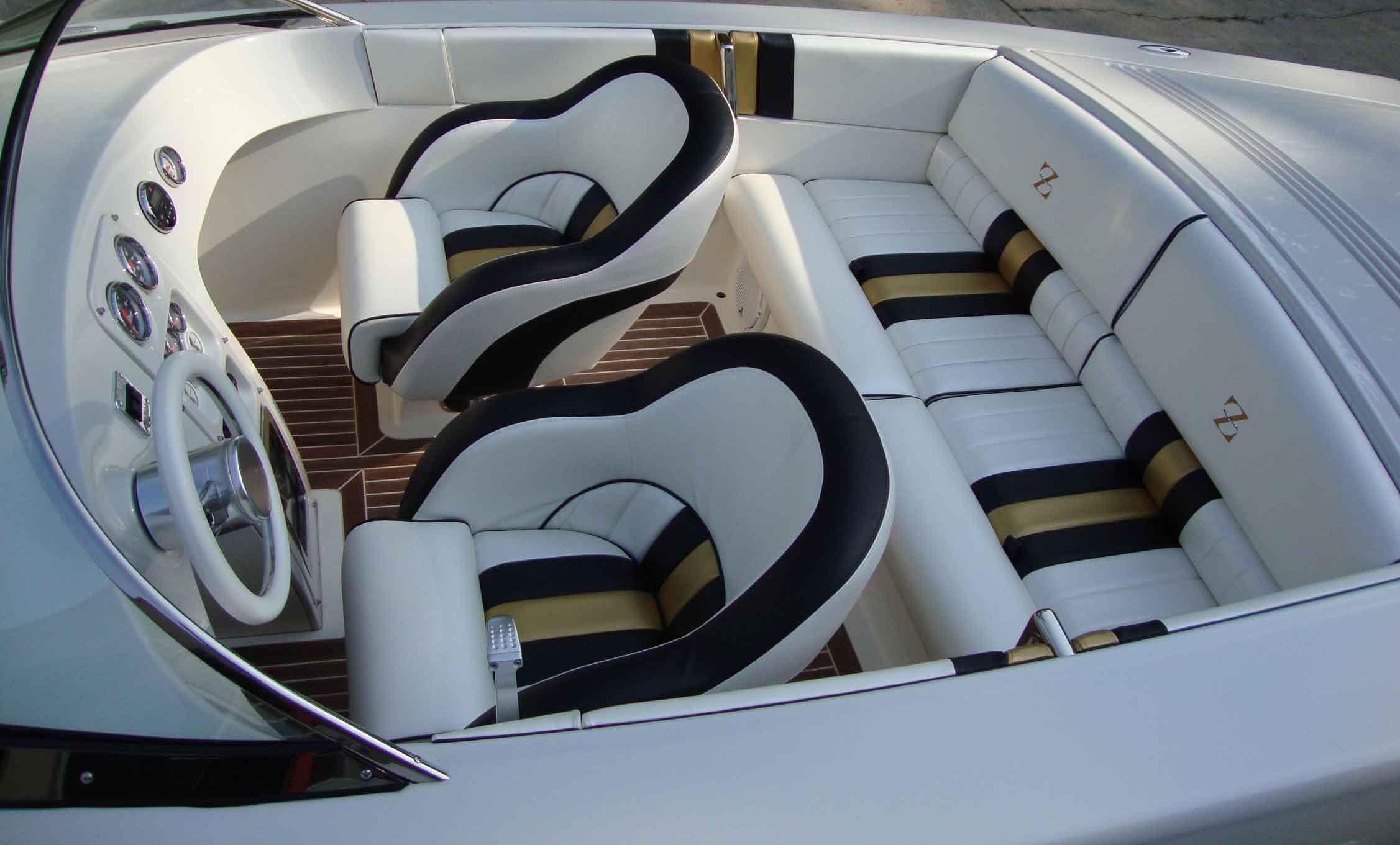 boatinterior2